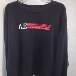 American Eagle Cropped Crew Neck!
